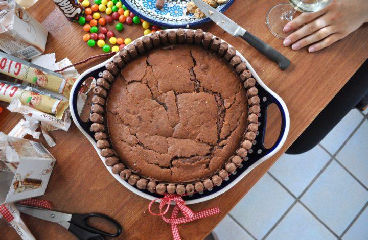 Eine Süßigkeiten-Torte zum Geburtstag: Naschen auf einem neuen Level