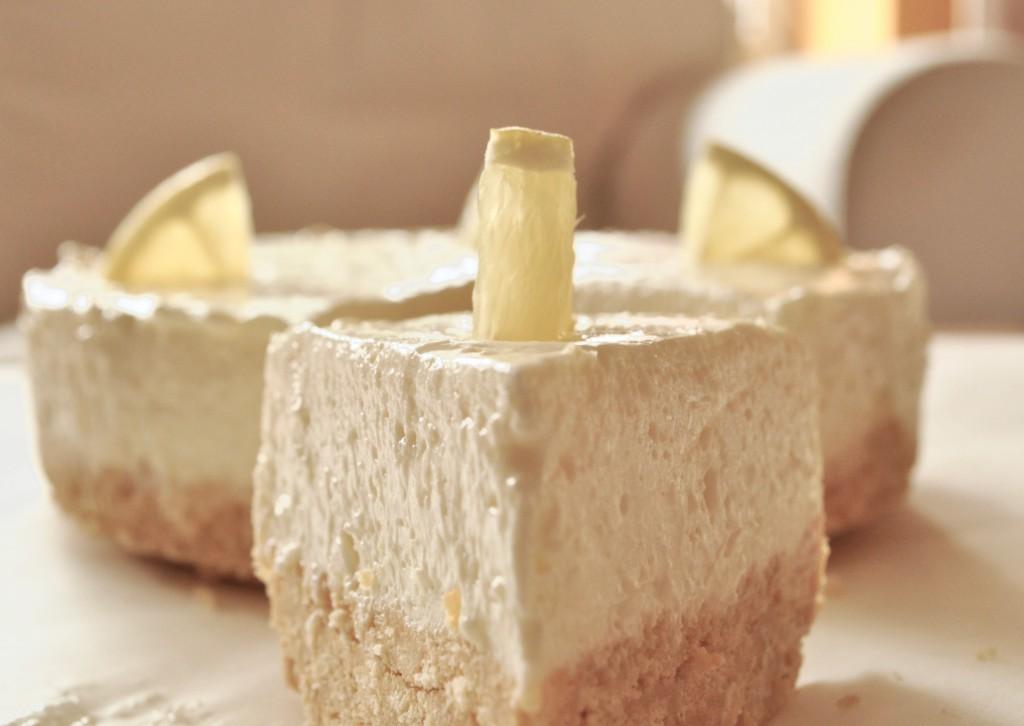 zitronen philadelphia torte rezept mit bildanleitung. Black Bedroom Furniture Sets. Home Design Ideas